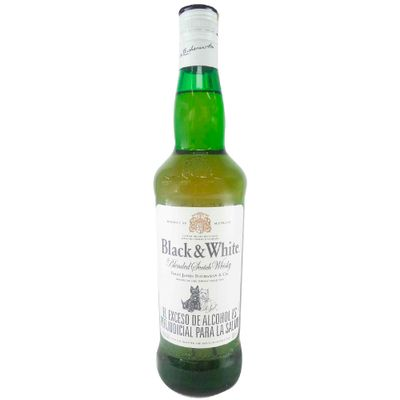 Whisky-BLACK---WHITE-x700-ml.
